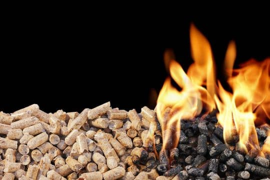 Photo de moyen de chauffage au bois pellet ou granulés de bois